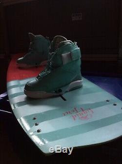 Liquid Force Melissa 135 Wakeboard and Trek Women's 4D Bindings Size 5-7