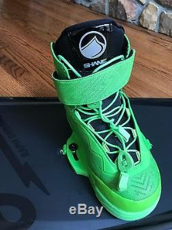 Liquid Force RDX Wakeboard size 138 With Shane Bindings size 10-11