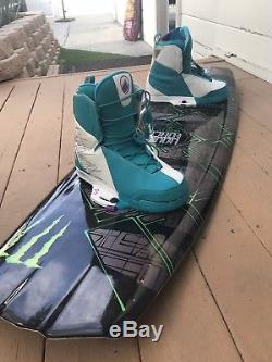 Liquid Force Wakeboard Harley Clifford 143 With His Signature Boots Size 12/13