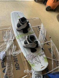 Liquid force wakeboard and ronix bindings